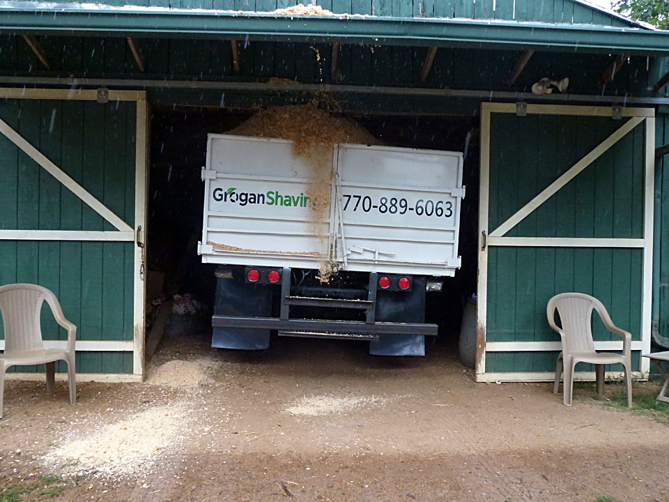 Grogan Shavings can deliver right into your barn!